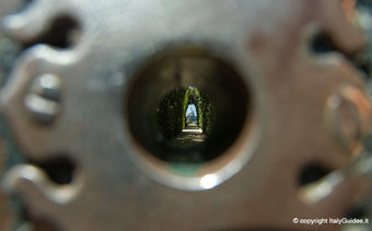 St Peter's keyhole