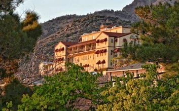I would stay at: Jerome Grand Hotel