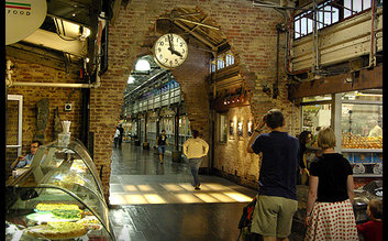Walk through Chelsea Market