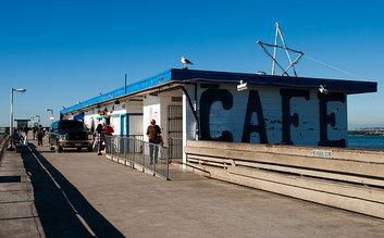 WOW Cafe - Ocean Beach Pier