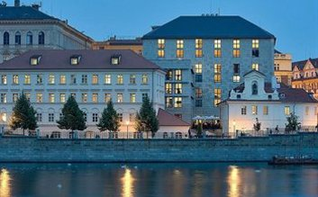 I would stay at: Four Seasons Hotel Prague