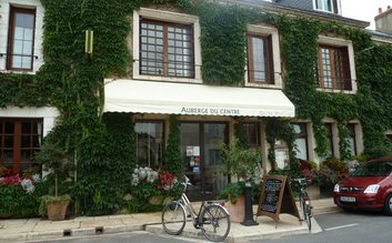 At noon: Lunch in a small local auberge.