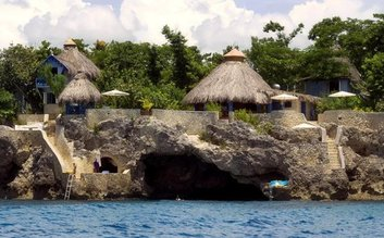I would stay at: The Caves Resort