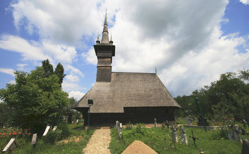 Rogoz wood church